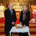 Luke & Mary Lacey who celebrate their 60th Wedding Anniversary cutting the Cake